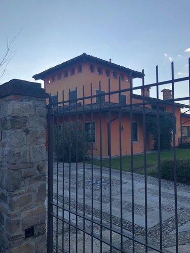 Casa storica Scanzorosciate