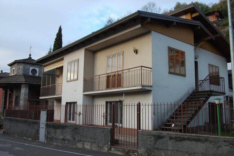 Vendita Villa Gazzaniga | Chicercacasa.it