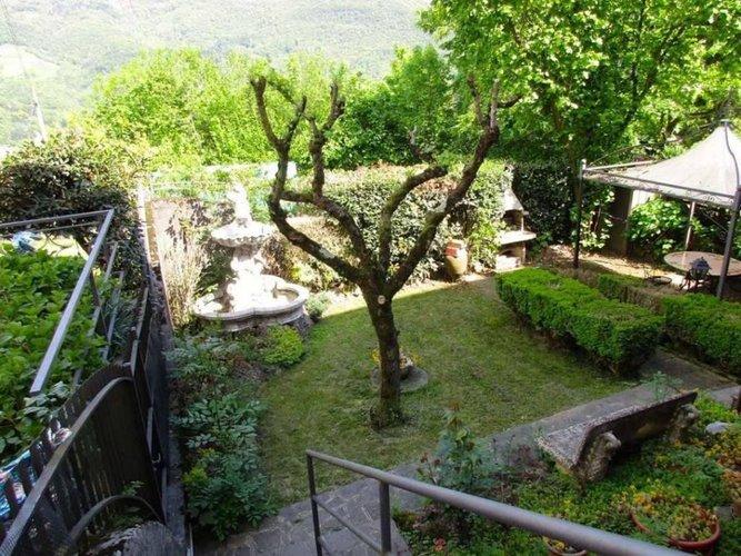 PORZIONE DI CASA indipendente con giardino privato Capizzone