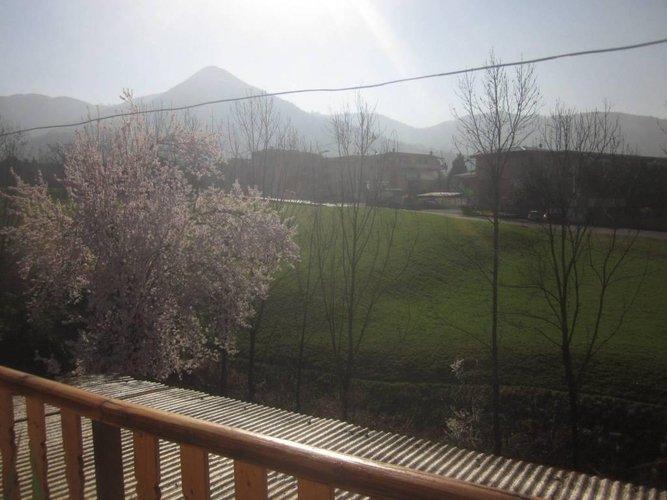 CAZZANO SANT' ANDREA panoramico su verde e montagne Cazzano Sant'Andrea