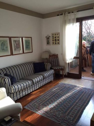 Villa in quartiere Baio Gorle