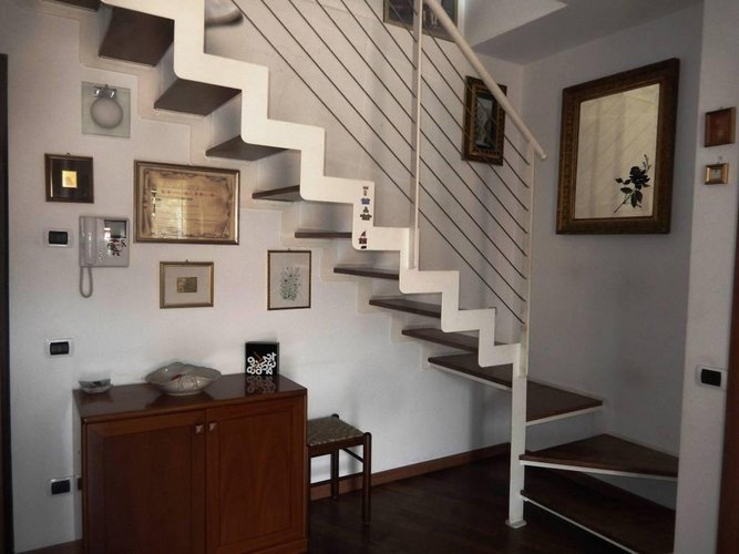 TORRE BOLDONE ATTICO MANSARDATO DUE LIVELLI Torre Boldone