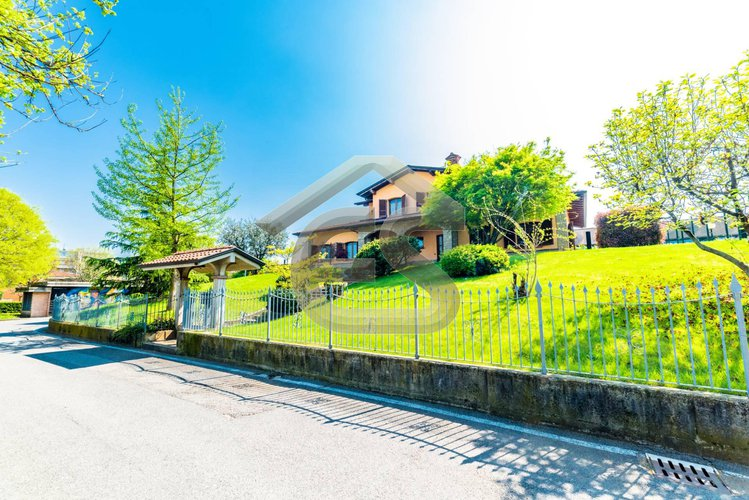 Villa singola Gorle