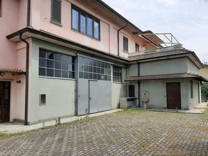 Appartamento in Vendita a Brusaporto