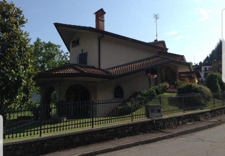 Villa Singola in Vendita a Bracca