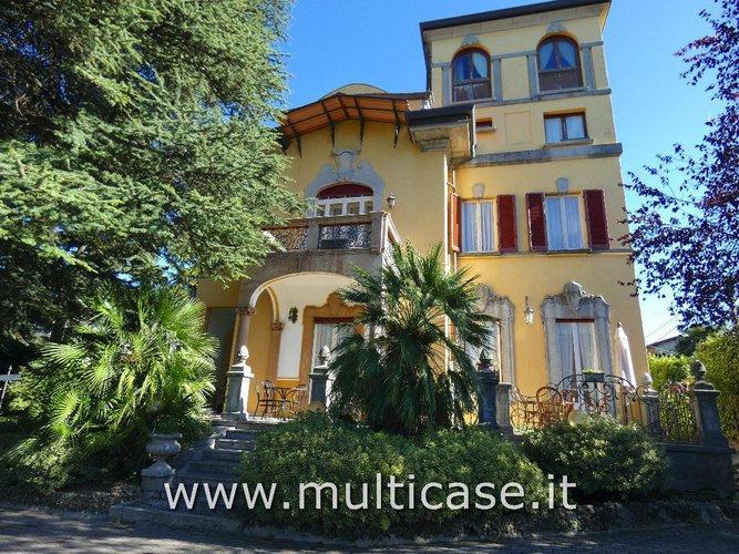 Villa Storica di Pregio in vendita a Bellagio (CO)
