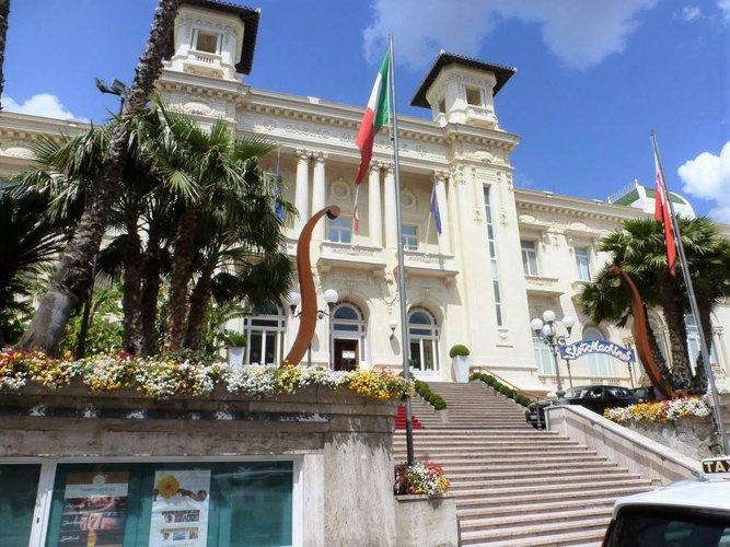 01001 Sanremo trilocale di 90mq Sanremo