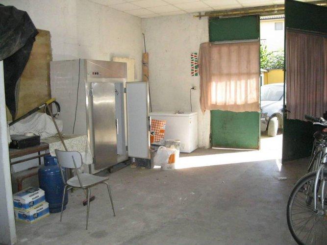 Spazio ideale per magazzino per piccoli artigiani Antegnate